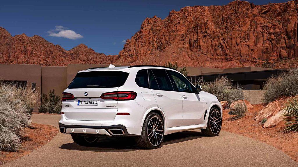 2019-BMW-X5-Revealed-4