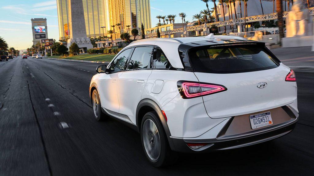 Hyundai-Nexo-FCV-2