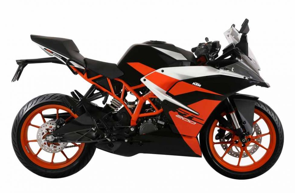 KTM RC200 Black Colour Launched In India 1