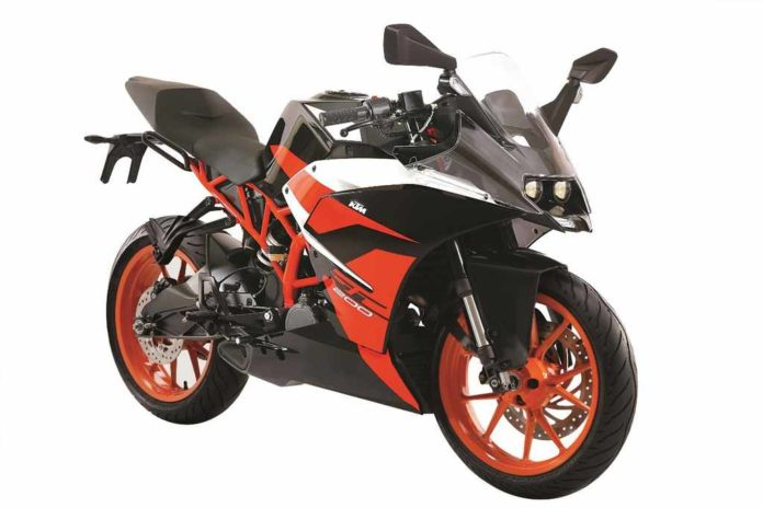 KTM RC200 Black Colour Launched In India