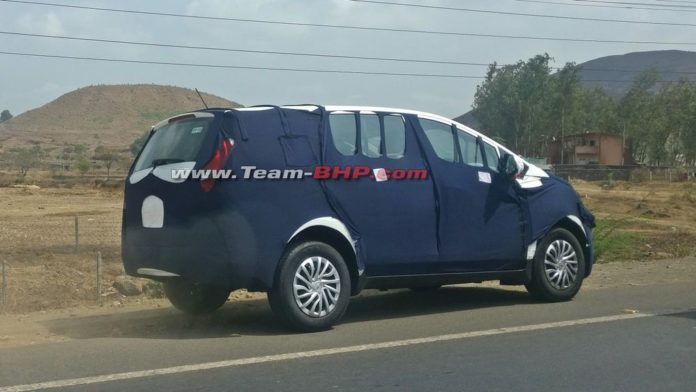 Mahindra-U321-spied-with-production-body-panels-3