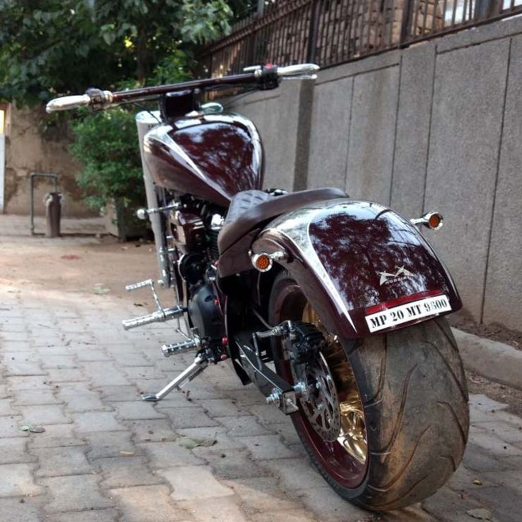 Royal-Enfield-Angara-modified-3