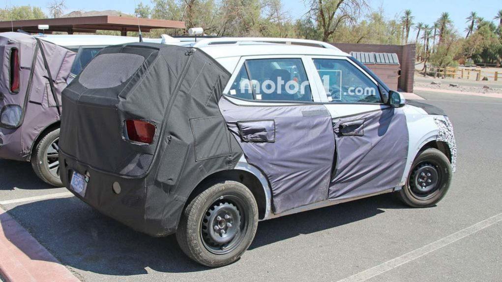 Hyundai QXI Compact SUV Rear