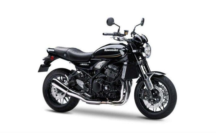 Kawasaki Z900 RS Black