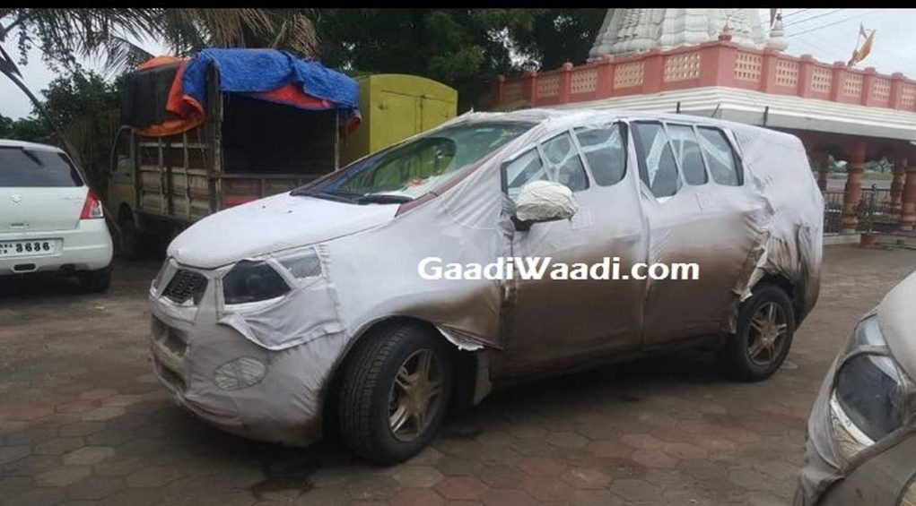 Mahindra Premium MPV (Toyota Innova Rival) Spied Revealing Front End In India 1