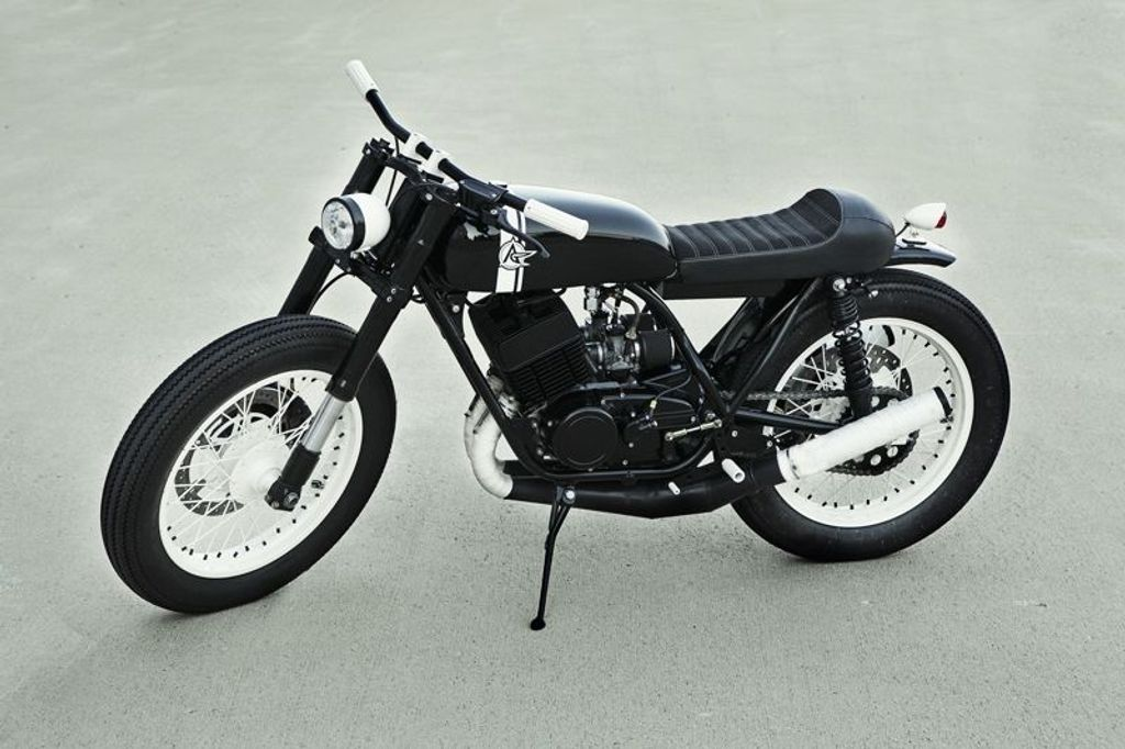 Yamaha RD350 Customized