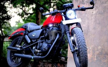 Customized Royal Enfield Thunderbird