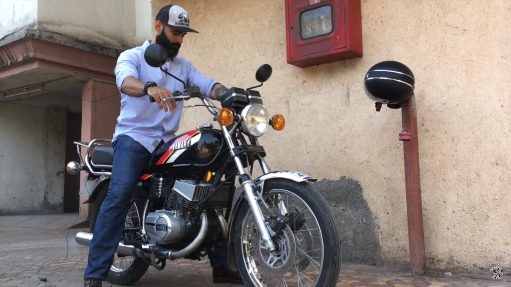 This Customised 'Twin-Cylinder' Yamaha RX100 Packs Lot Of Punch