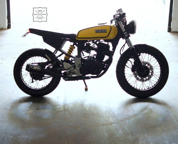 modified yamaha fz RX100 design theme