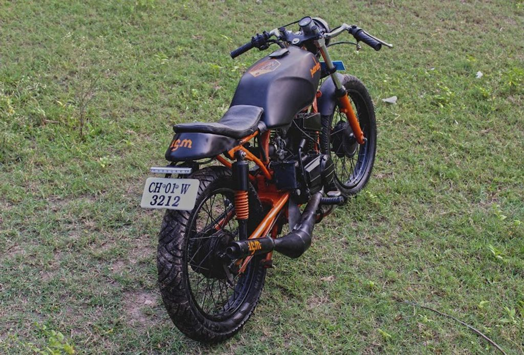 This Modified Yamaha RX 135 Is Ready For A Fist Fight!