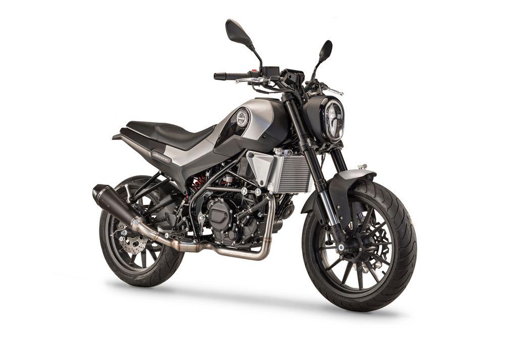 Benelli-Leoncino-250-1
