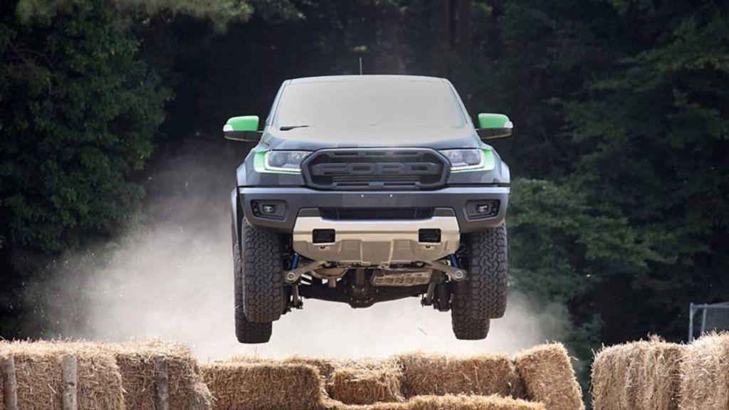 Ford-Range-Raptor-to-debut-soon-2