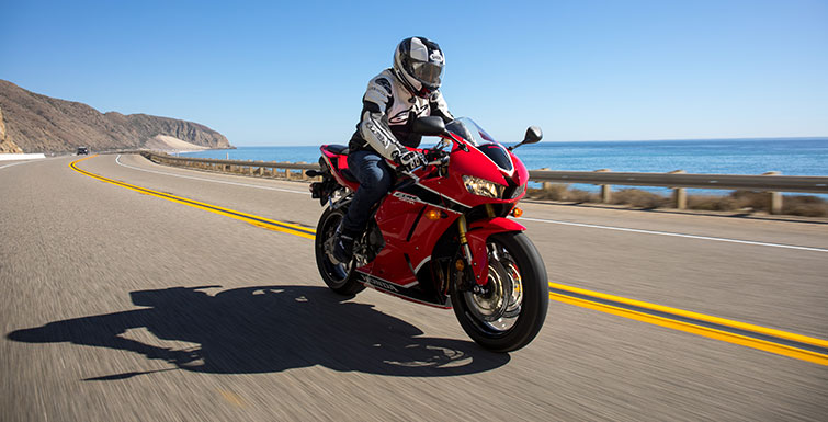 Honda-CBR-600RR-to-get-an-update-1