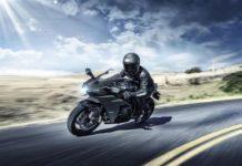 Kawasaki-Ninja-H2-Carbon-launched-in-India