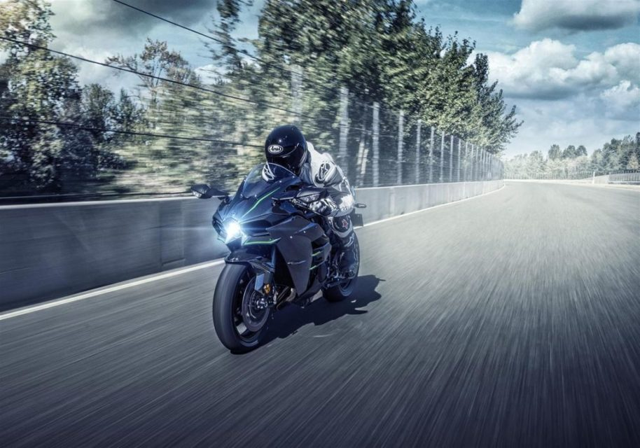 Kawasaki-Ninja-H2-launched-in-India