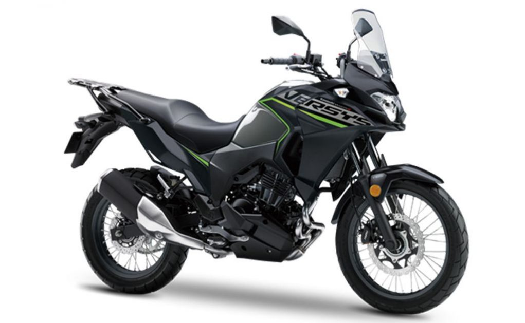 Kawasaki-Versys-X-300-1