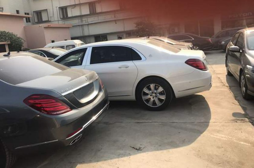 Maybach-Parking-Lot-Pakistan-pm-cars