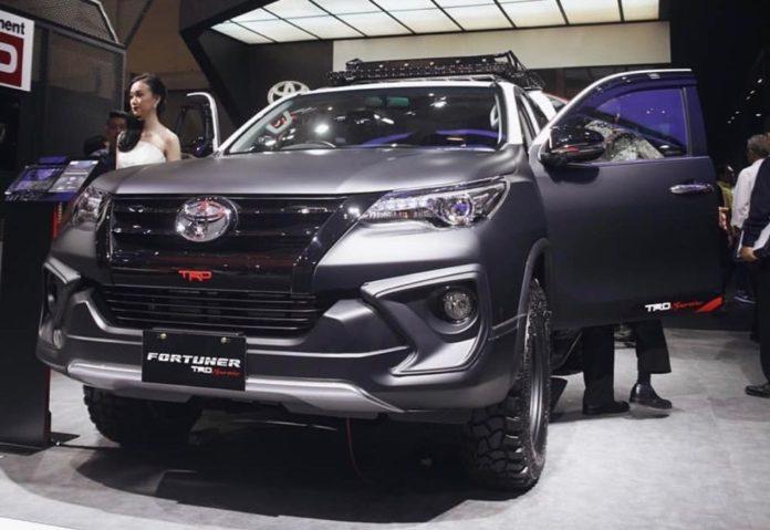 Toyota-Fortuner-TRD-Sportivo-showcase
