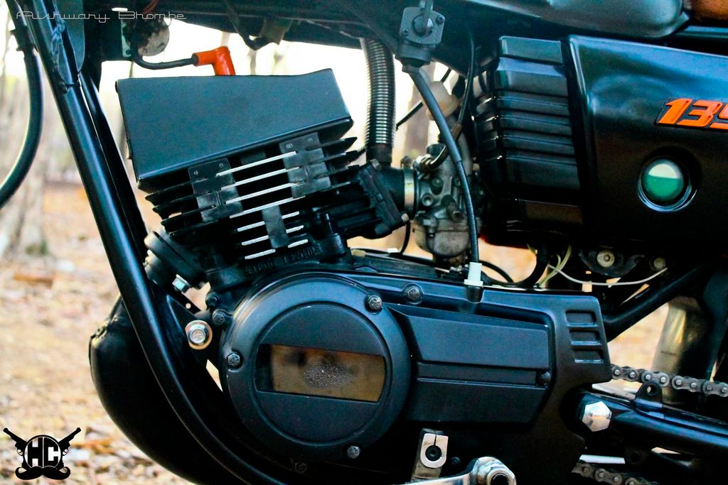 This Modified Yamaha RX135 With Café Racer Theme Looks Classy