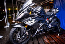 BMW G310RR super sport bike based on TVS Apache RR310 2