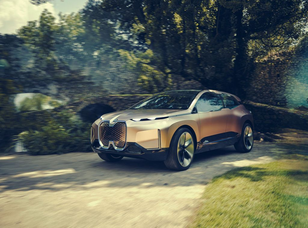 BMW-Vision-iNEXT-concept-revealed-1
