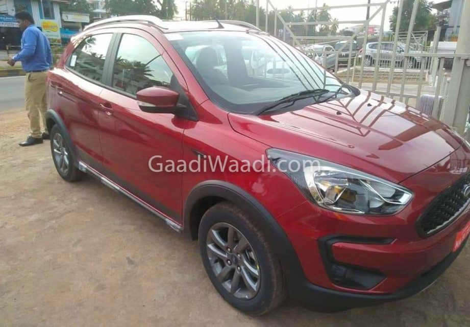 Ford Freestyle Ruby Red -3