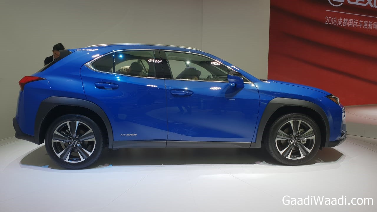 lexus ux showcased at 2018 chengdu motor show live. Black Bedroom Furniture Sets. Home Design Ideas
