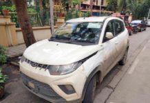 Mahindra-KUV100-AMT-spied-1