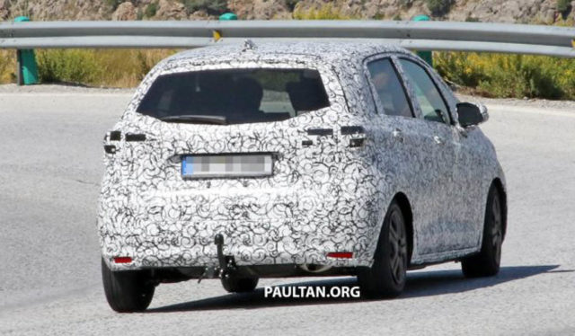 Next Generation Honda Jazz Spied 1