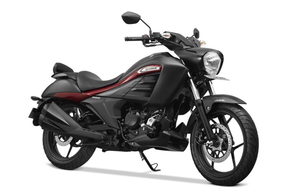 Suzuki-Intruder-Special-Edition-1