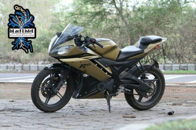 Yamaha-YZF-R15-matt-gold-modified-2