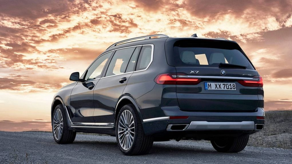 2019-BMW-X7-officially-revealed-2