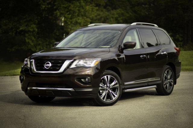 2019 Nissan Pathfinder India Launch, Price, Specs, Features, Interior