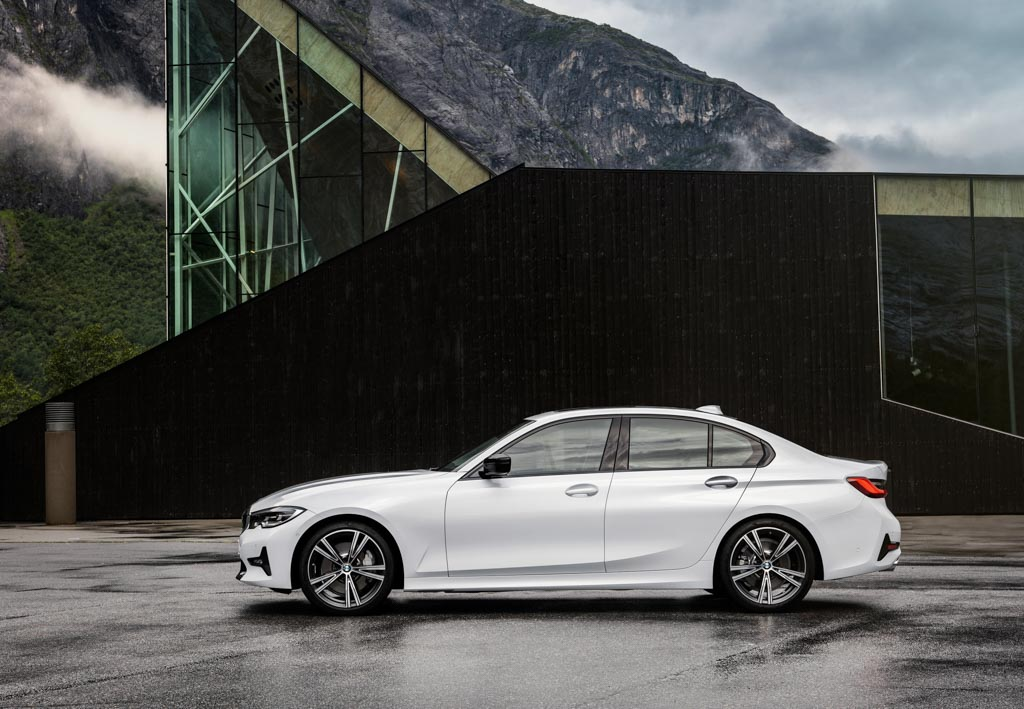 India Bound 2019 Bmw 3 Series Revealed With Substantial