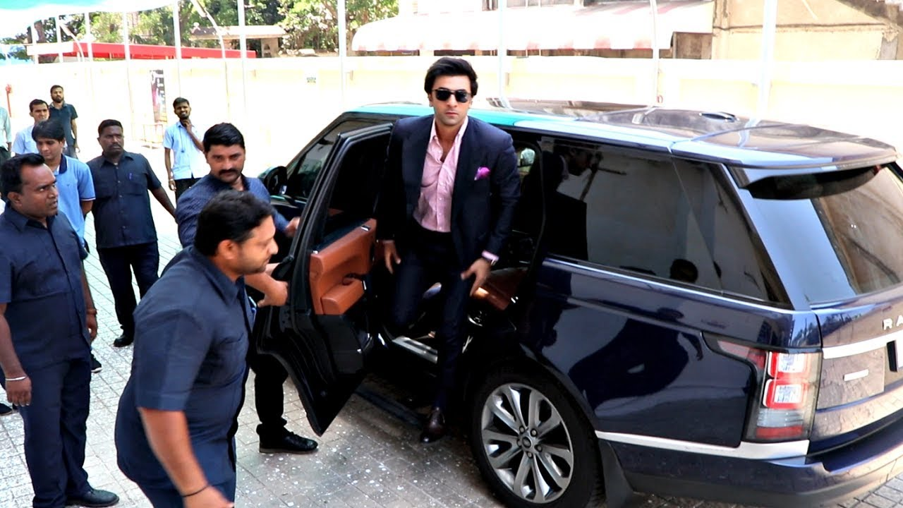 8 Indian Bollywood Celebrities Who Owns Jaguar Land Rover Suvs