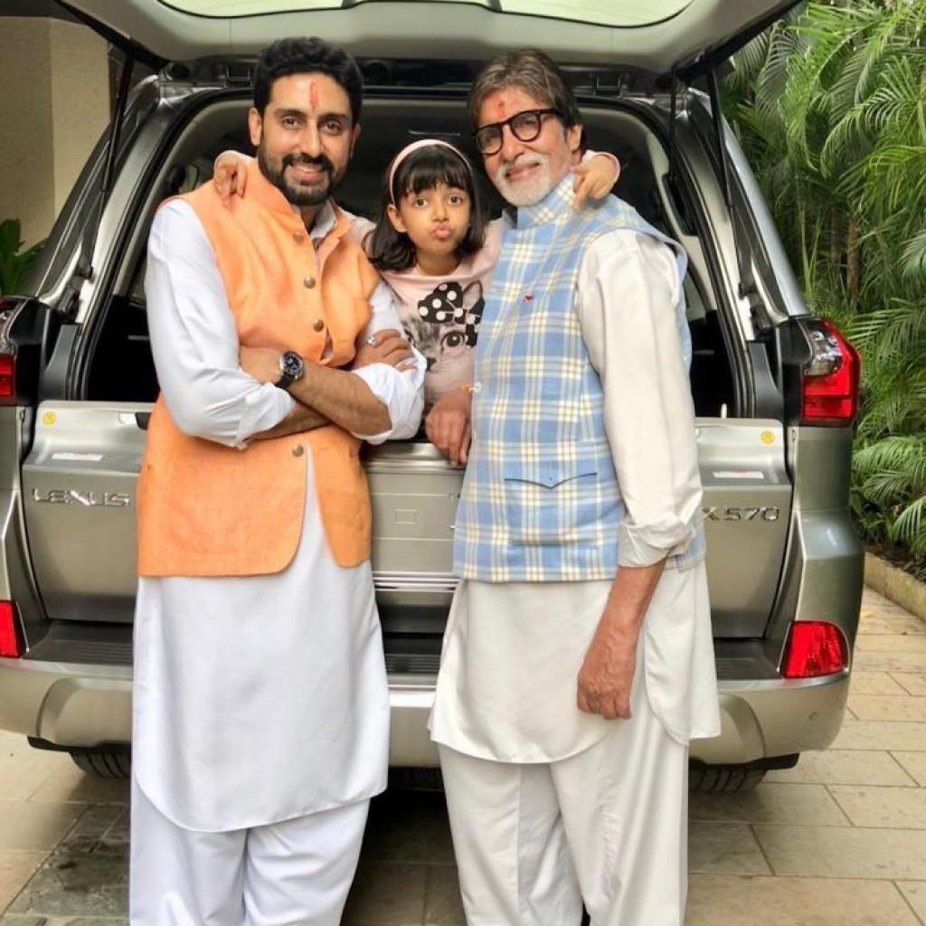 Lexus-LX-570-of-Amitabh-Bachchan