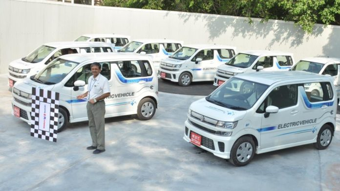 Maruti-Suzuki-flagged-off-EVs-for-field-testing