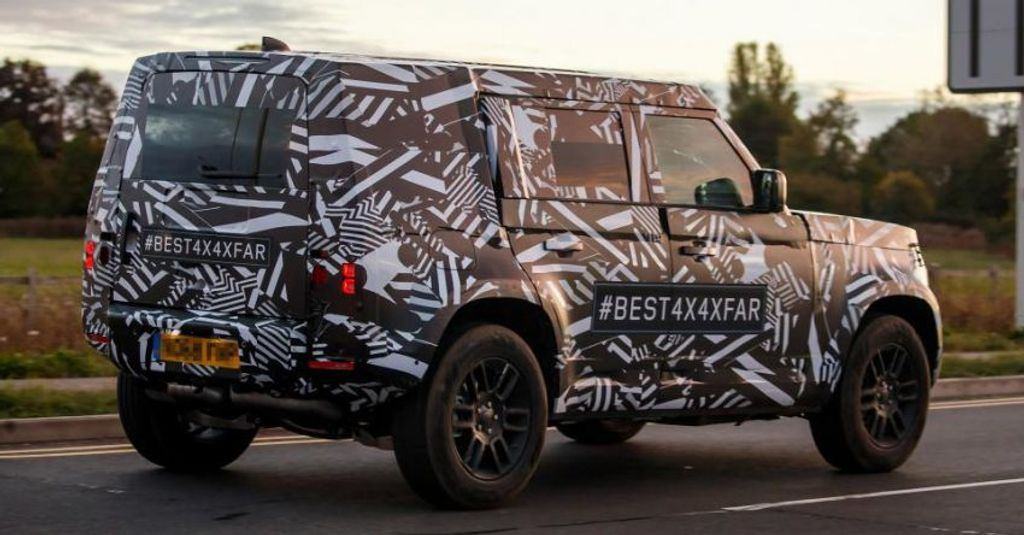 Next-Generation-Land-Rover-Spied-3