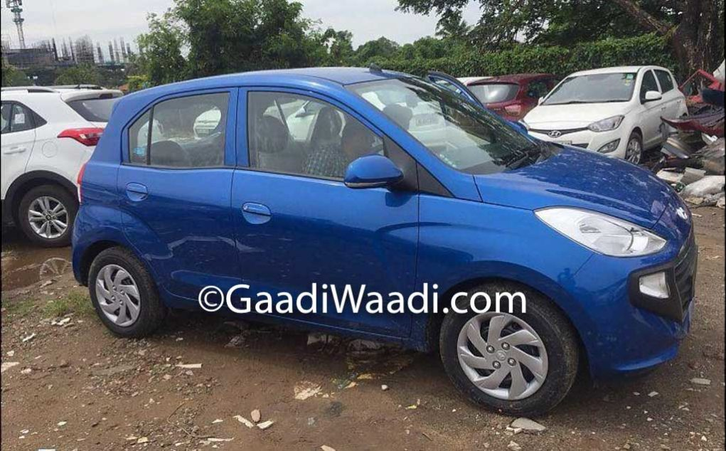 Side Profile Of New Santro Gives Glimpse Of Old i10, Spied In Marina Blue