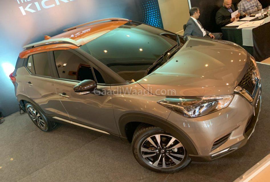 nissan kicks SUV interior-15