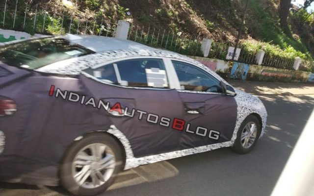 2019 Hyundai Elantra Facelift Spotted Testing India 2