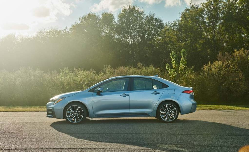 India-Bound 2019 Toyota Corolla Sedan Breaks Covers In New Styling 5