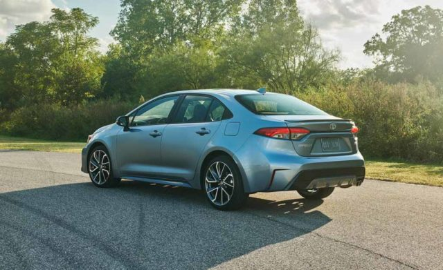 India-Bound 2019 Toyota Corolla Sedan Breaks Covers In New Styling 6