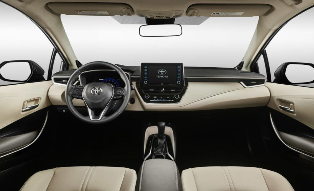India-Bound 2019 Toyota Corolla Sedan Breaks Covers In New Styling (Interior)