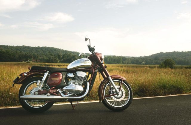 Jawa Price, Engine, Specs, Features, Booking, Mileage, Rivals 4