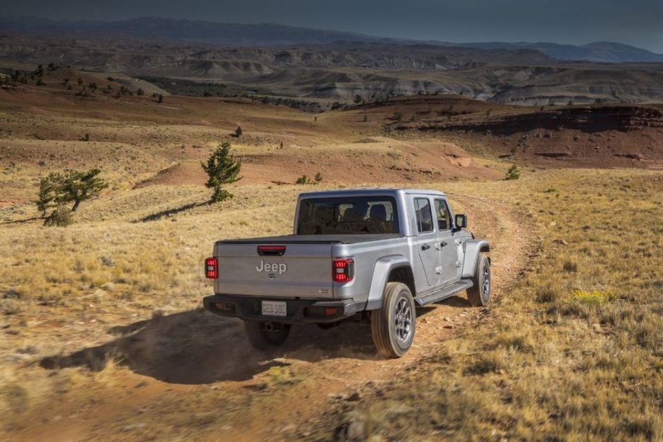 Jeep-Gladiator-officially-revealed-3