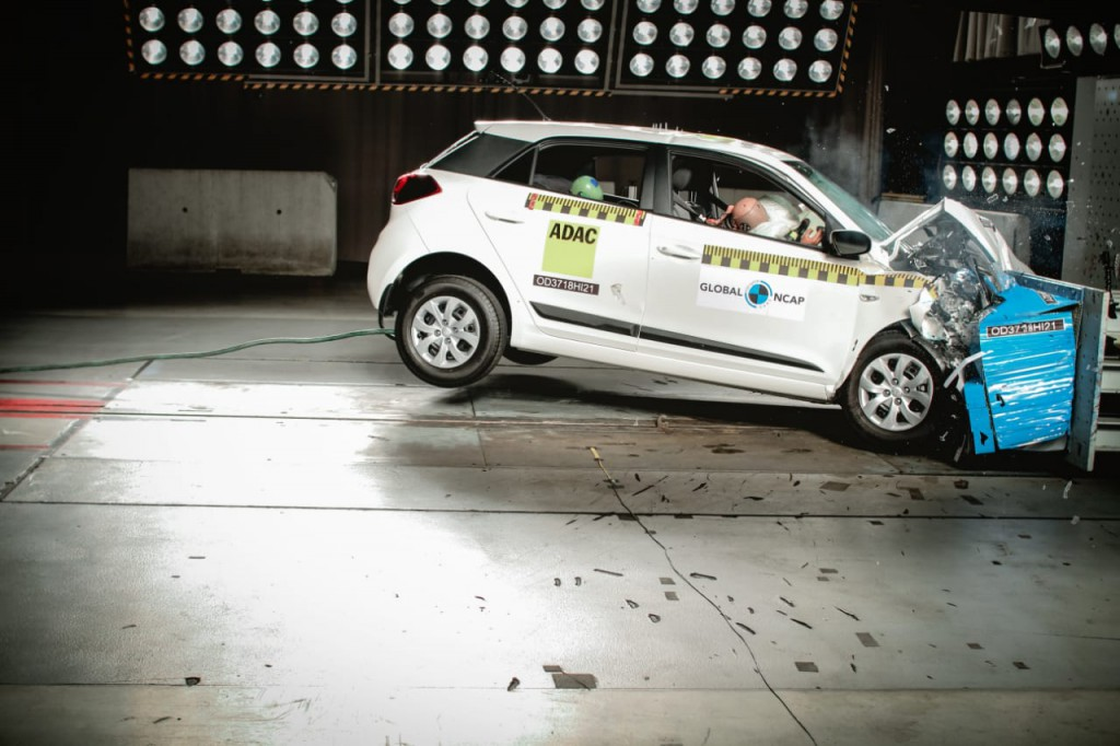 New-Hyundai-Elite-i20-Scored-three-stars-in-global-ncap