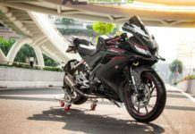 Modified-Yamaha-R15-4