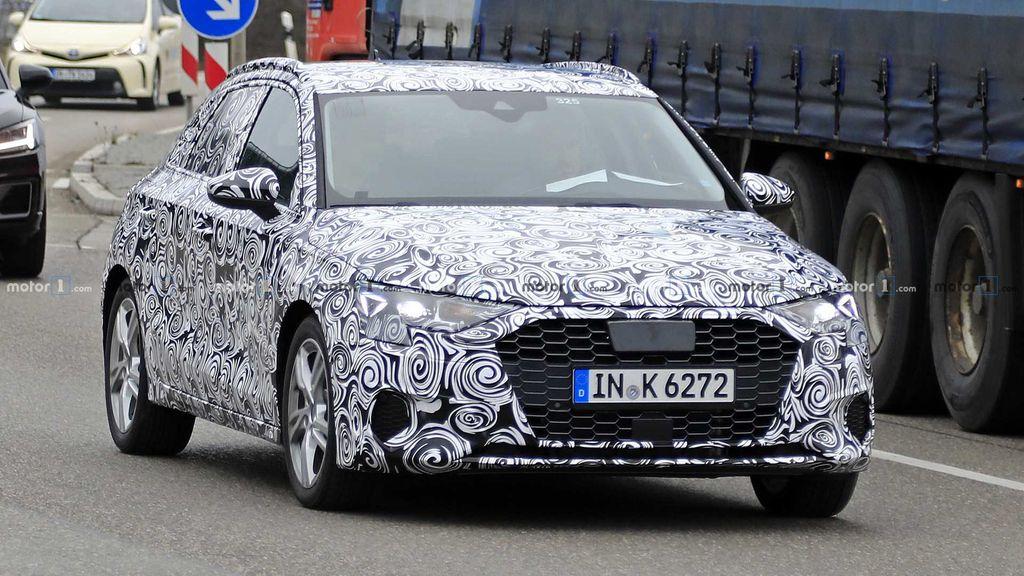Next-generation-Audi-A3-spied-1