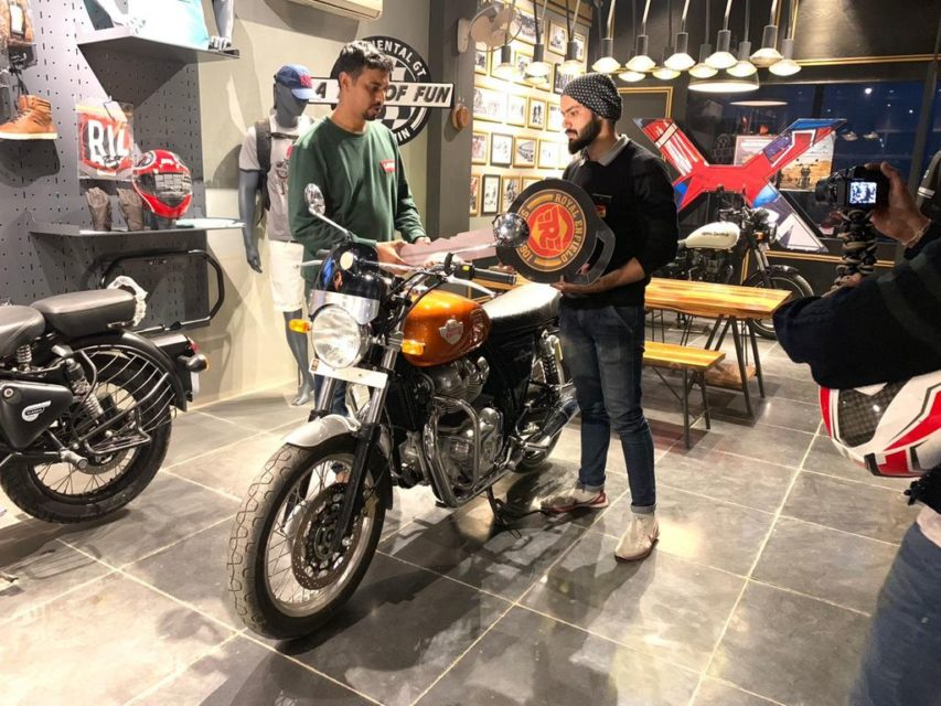 Royal-Enfield-650-twins-delivery-commenced-in-India